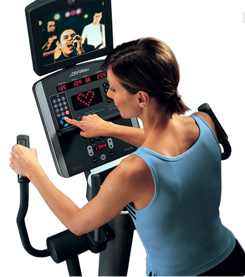 Life Fitness 95Xi Elliptical with LCD - Demo